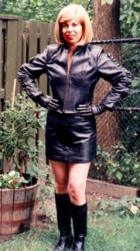 Mistress Peggy Sue